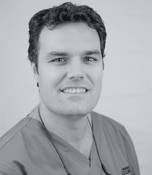 Dr. Javier De La Cruz - Implantólogo Madrid - Dentista Madrid - Clínica Dental Madrid Centro Bordonclinic