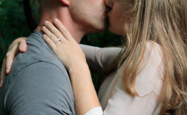 ¿Qué es la enfermedad del beso y cómo saber si la tienes? - BordonClinic
