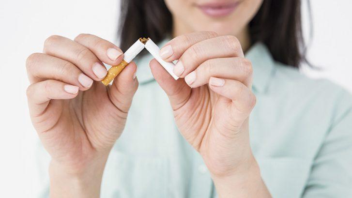 Dejar de fumar: 10 consecuencias directas en tu boca